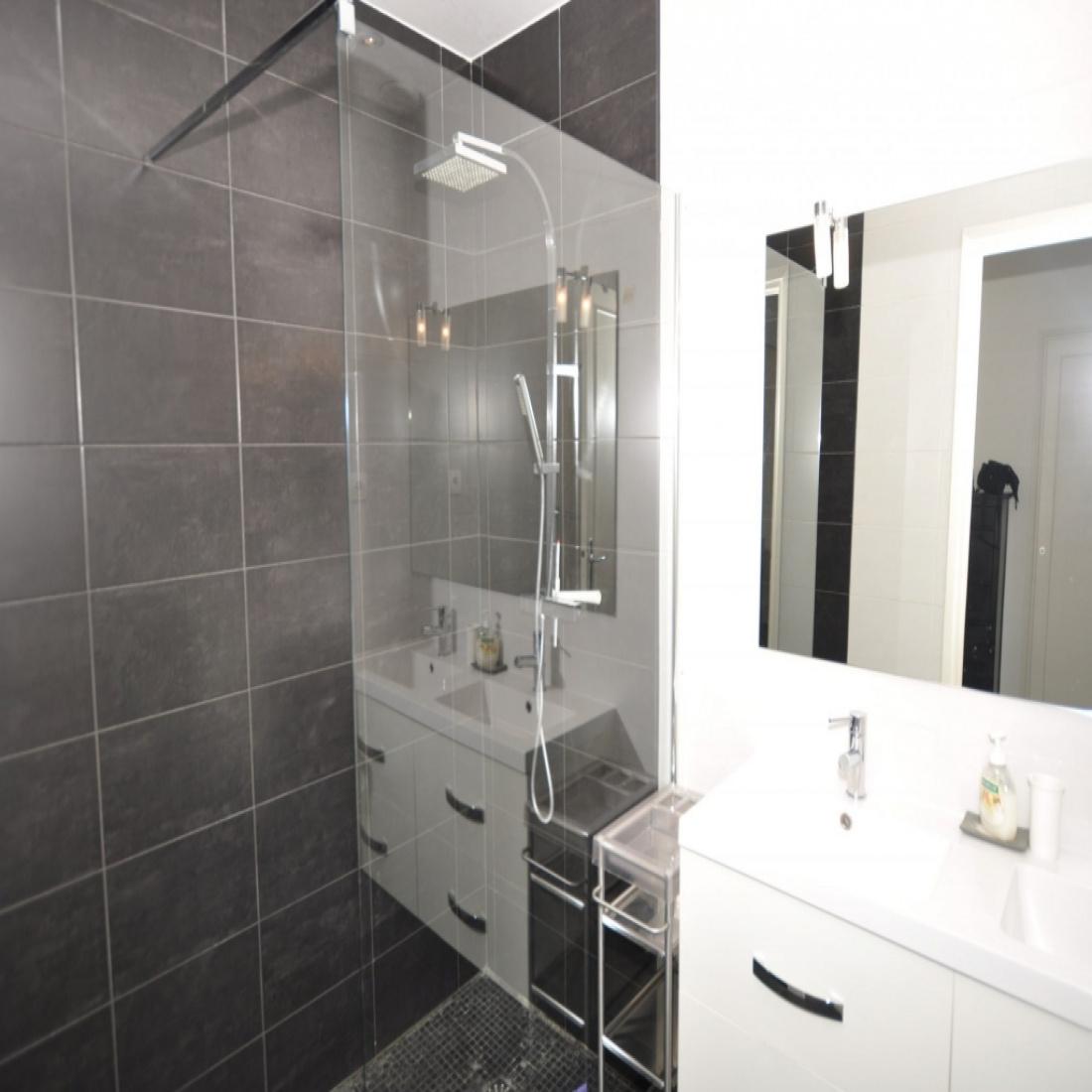 Superb For Sale Beautiful Apartment Of 71 Sqm High Floor Download Free Architecture Designs Griteanizatbritishbridgeorg